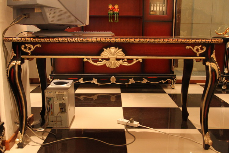 Desk/Vanity Tables