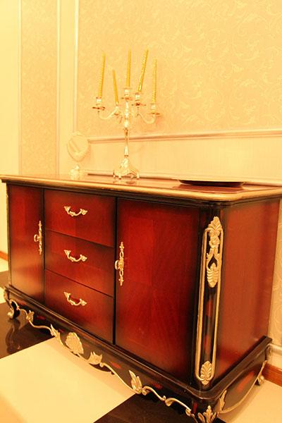 Cabinets/Bookcase