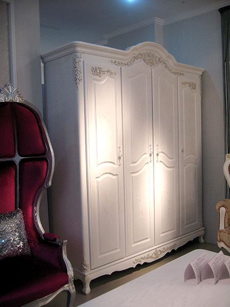 Wardrobes/Dressing Tables